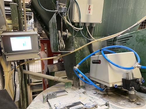 Měření vlhkosti míchaných surovin pro žárovzdorné tvarovky